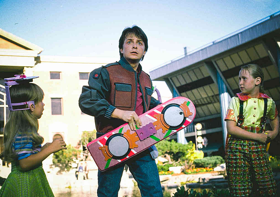 Marty en BTTF2 con la Supertabla