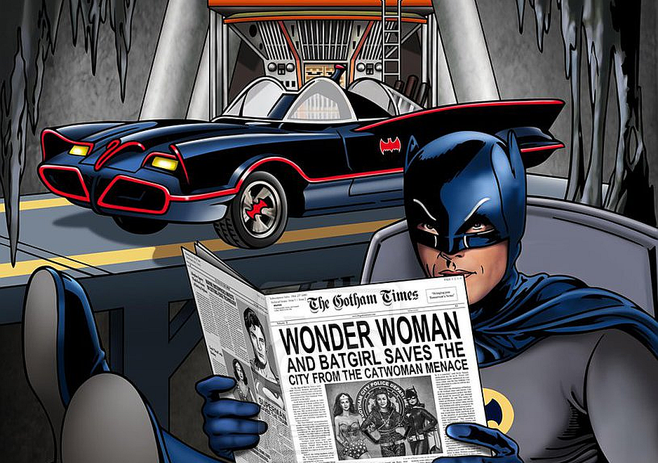 Batman actualizándose de las noticias en su baticueva