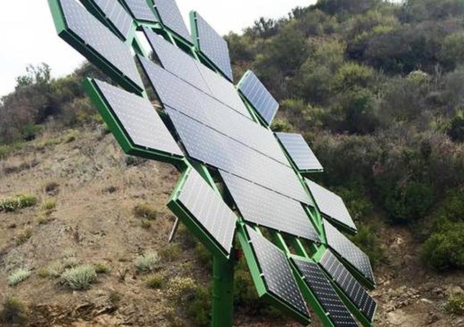 James Cameron crea Girasoles artificiales para aprovechar la energía solar