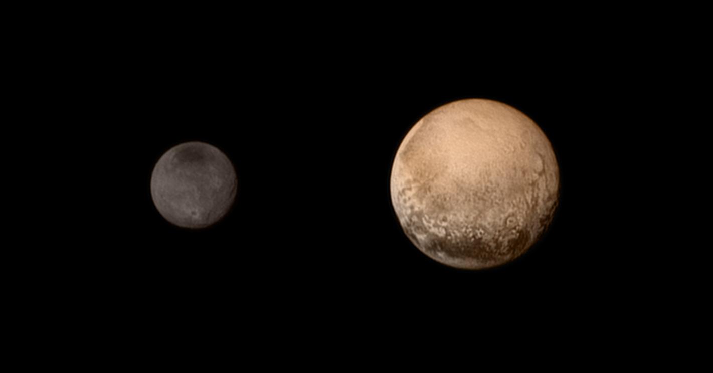 La New Horizons sobrevuela Plutón y Caronte