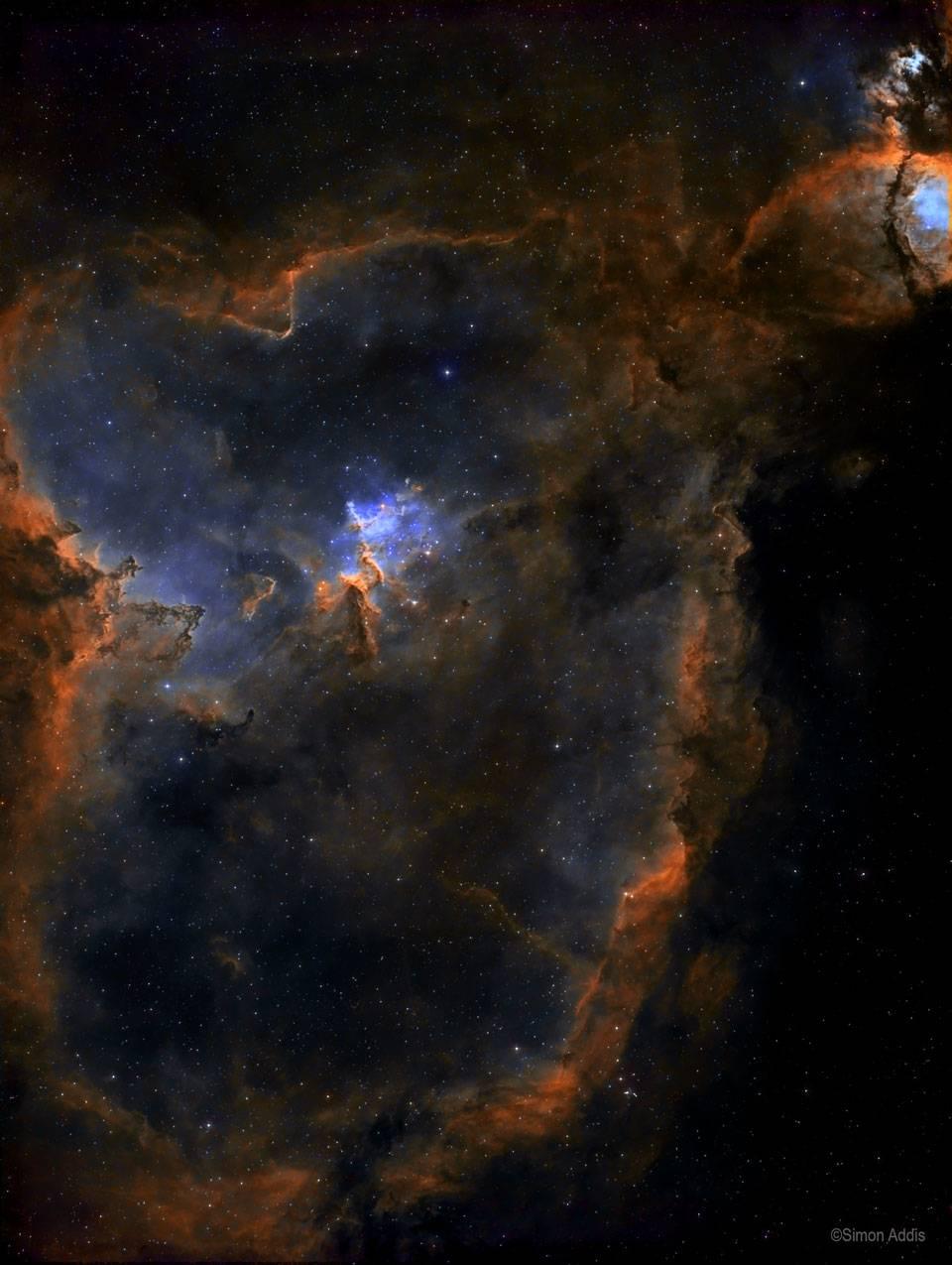El resplandor de la nebulosa del Corazón