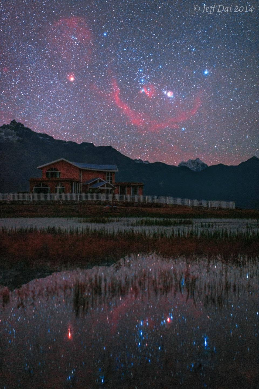 Orion por encima y por debajo del Tíbet