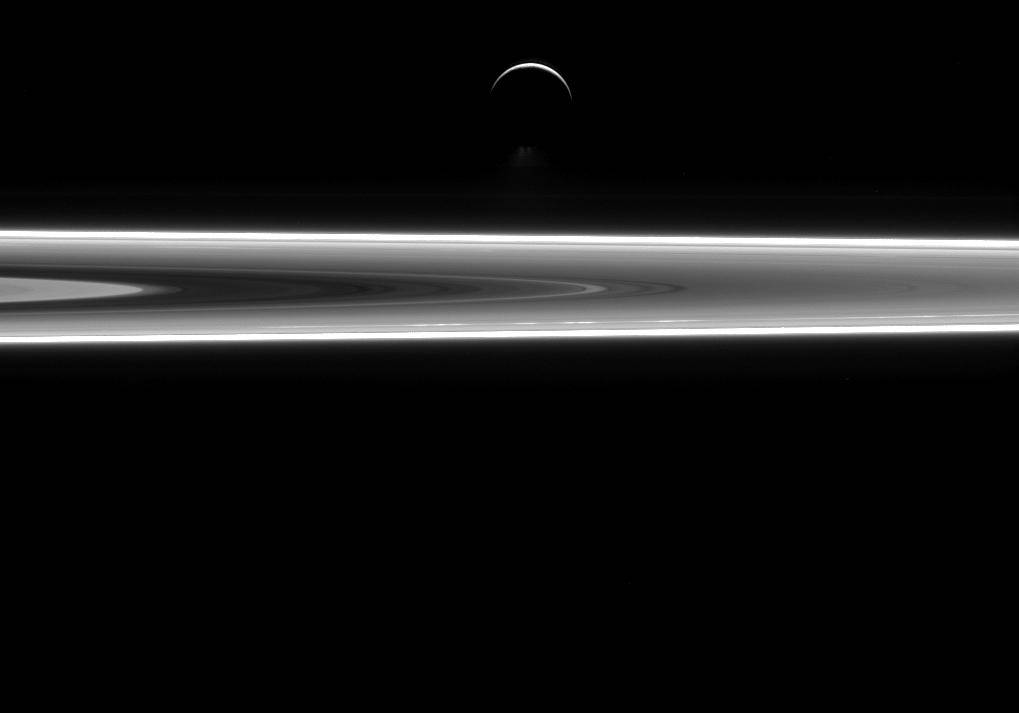 Enceladus, un mundo de agua