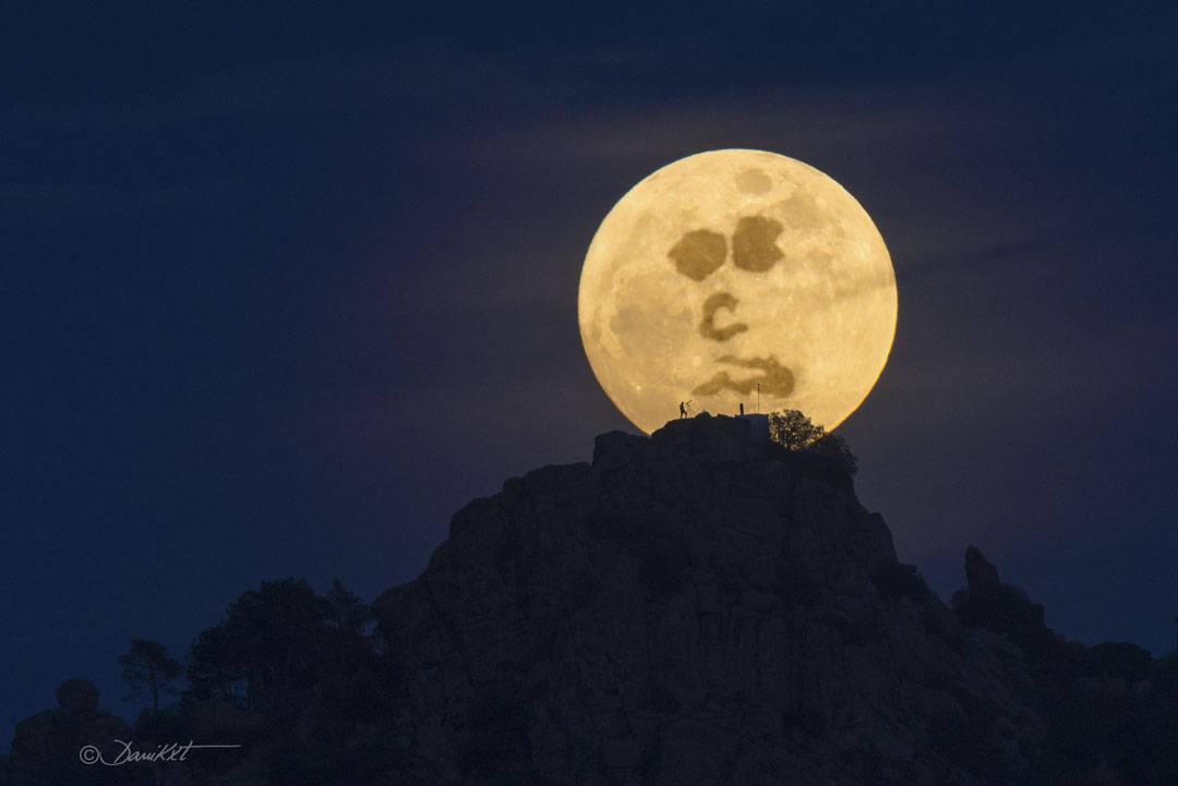 Encuentra al hombre en la Luna