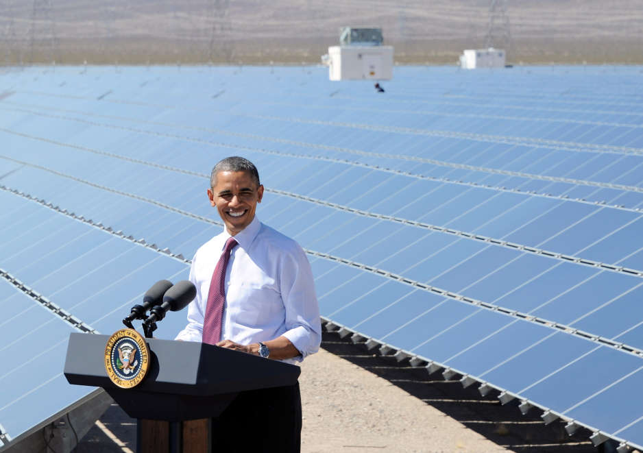 Proponen Impuesto al petroleo para impulsar energías verdes